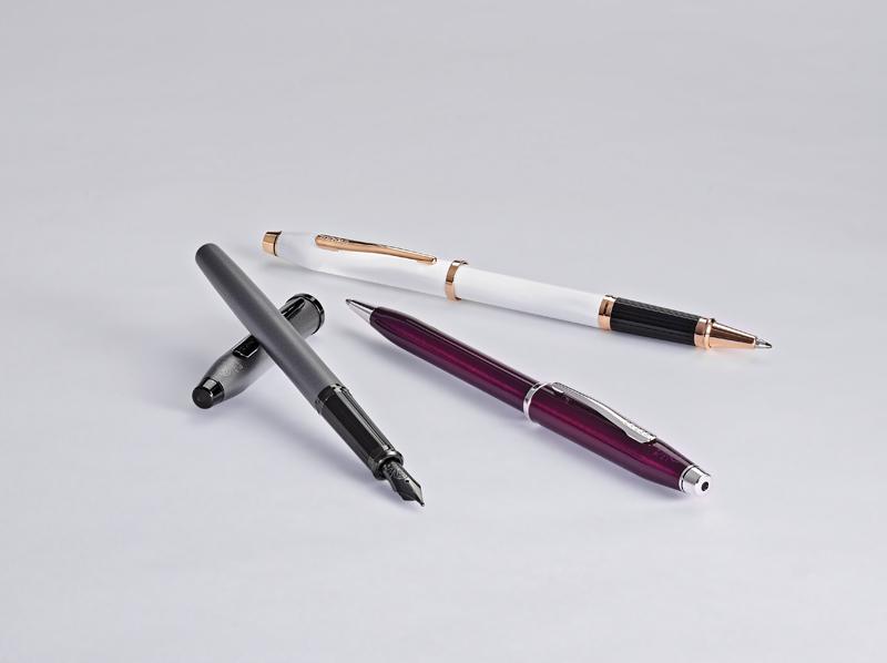 Купить Ручка перьевая CROSS AT0086-113MF, Белый, Century II